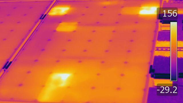 Panneaux photovoltaïques infrarouges